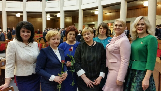В канун Международного женского дня